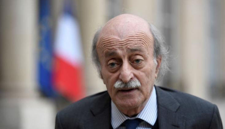 Lübnan'da Hükümet Ortağı Canbolat'tan Başbakan Hariri'ye İstifa Teklifi