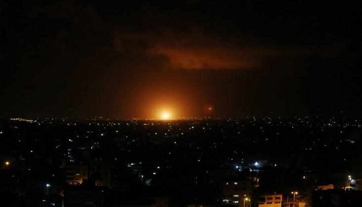Siyonist İsrail'in Nükleer Üssü Yakınlarında Şiddetli Patlama