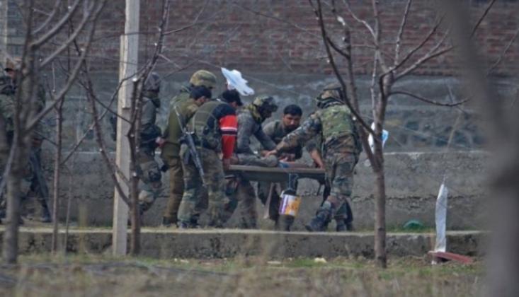 Keşmir'de Hindistan'ın Havan Saldırısı Sonucu 1 Sivil Öldü