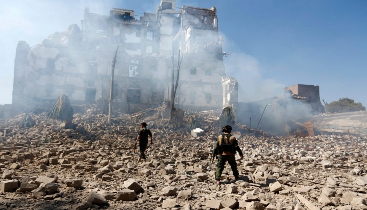 Suudi Savaş Uçakları Marib'i Bombaladı