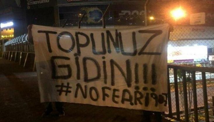 Fenerbahçe Taraftarından Yönetime Tepki