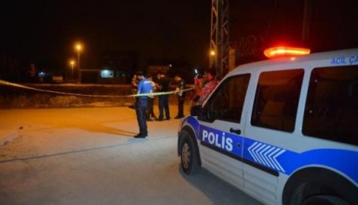 Adana'da Bir Eve El Yapımı Bomba Atıldı