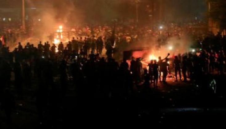 Bağdat'ta Kimliği Belirsiz Kişilerce Göstericilere Ateş Açıldı