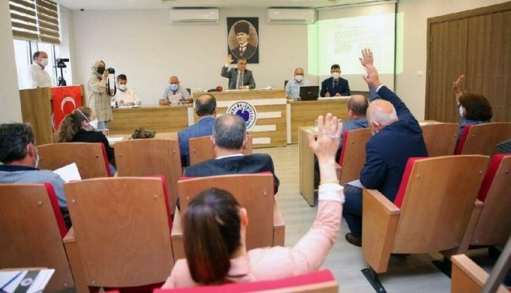 AKP'de Bir İstifa Daha