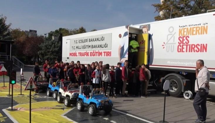 'Mobil Trafik Eğitim Tırı'nda Çocuklar, Eğlenerek Öğreniyor