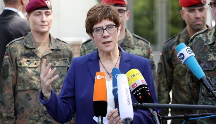 Almanya'dan Suriye'de Güvenli Bölge Önerisi