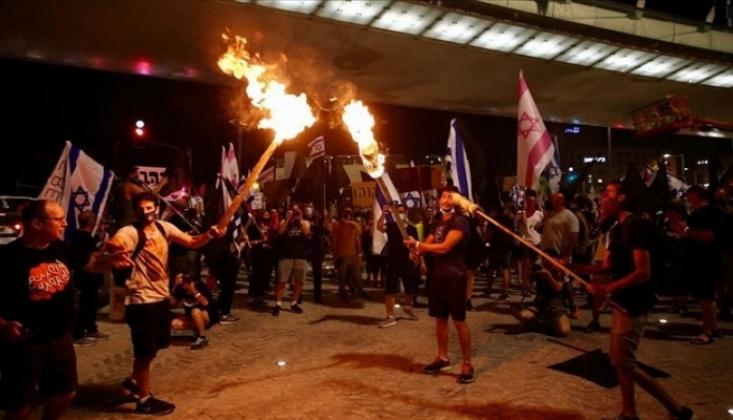 İsrail'de Binlerce Kişinin Katıldığı Netanyahu Karşıtı Gösteriler Devam Ediyor