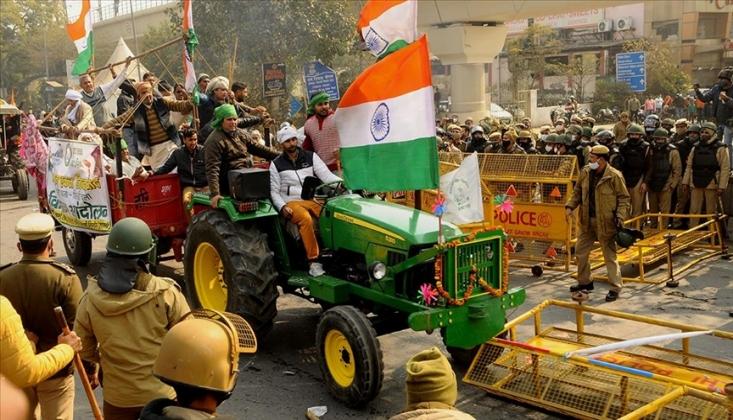 Hindistan'daki Çiftçiler Protesto Kamplarına Geri Döndü /VİDEO