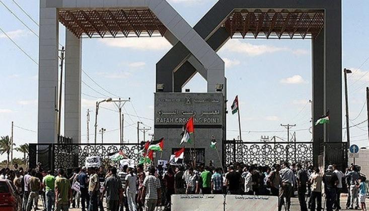 Mısır Refah Sınır Kapısını Açtı