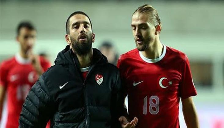 Galatasaray'da Arda Turan ve Caner Erkin Bombası