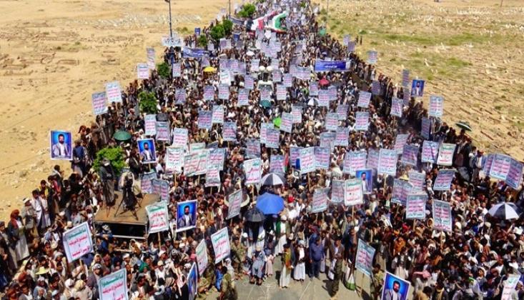 Yemenlilerden Küresel Güçlere Uyarı