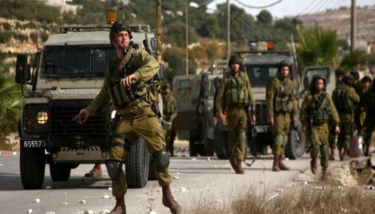 Siyonist Askerler Filistinlilere Saldırdı