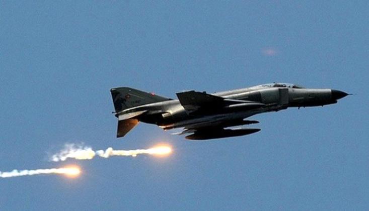 Suudi Savaş Uçakları Yemen'i Bombaladı