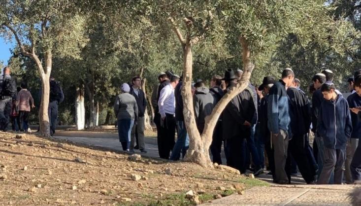 Siyonist Yerleşimciler Ramallah'a Baskın Düzenledi