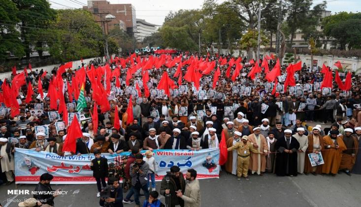 Pakistan Halkı Şehit Süleymani Suikastını Kınadı/FOTO