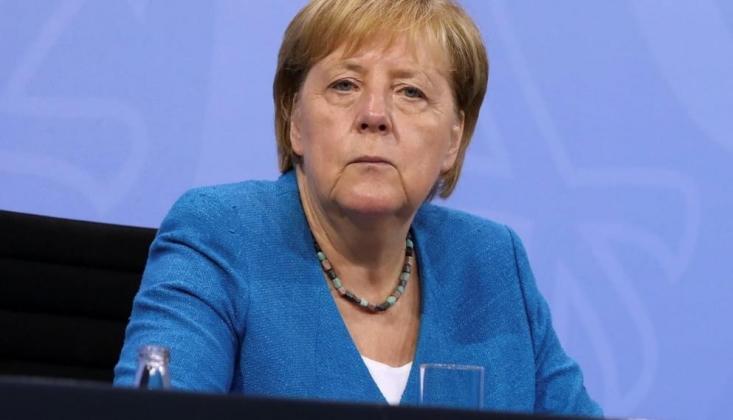 Merkel: Afganistan Konusunda Türkiye ile Çalışmalıyız