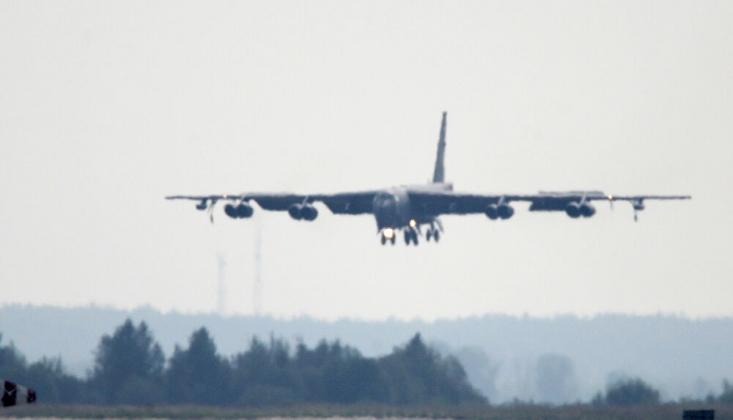 ABD, Nükleer Kapasiteli Uçaklarını Bir Kez Daha Ortadoğu Semalarına Gönderdi