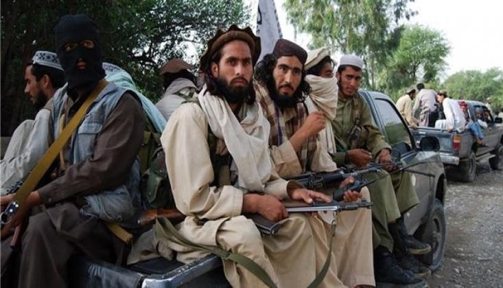 Taliban Nengerhar'da Bir Kontrol Noktasına Saldırdı