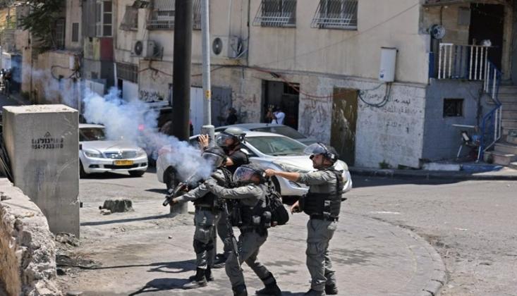 İşgal Rejimi Filistinli Mahkumun Evini Bastı
