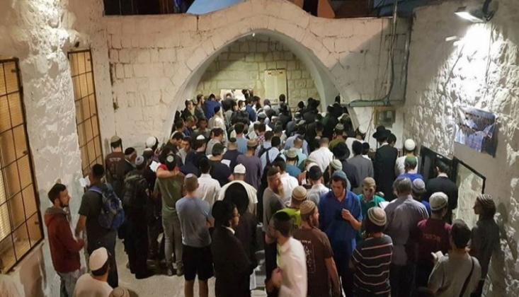 """Yahudi Yerleşimciler Nablus'ta """"Yusuf'un Kabri""""ne Baskın Düzenledi"""