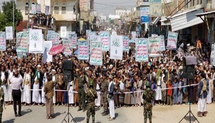 Yemen Halkı, Zeyd bin Ali'nin Şehadet Yıl Dönümünde Amerikan Karşıtı Protestolar Düzenledi