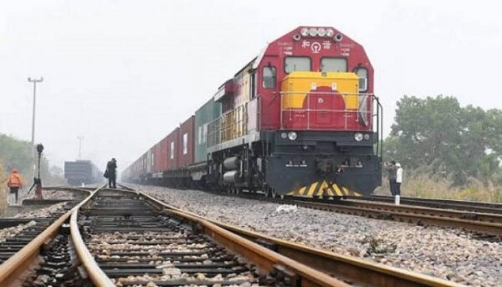 Çin, Azerbaycan'a İhracat Treni Gönderdi