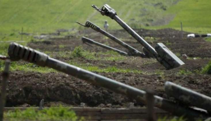 Karabağ'dan İran'a İki Roket Düştü