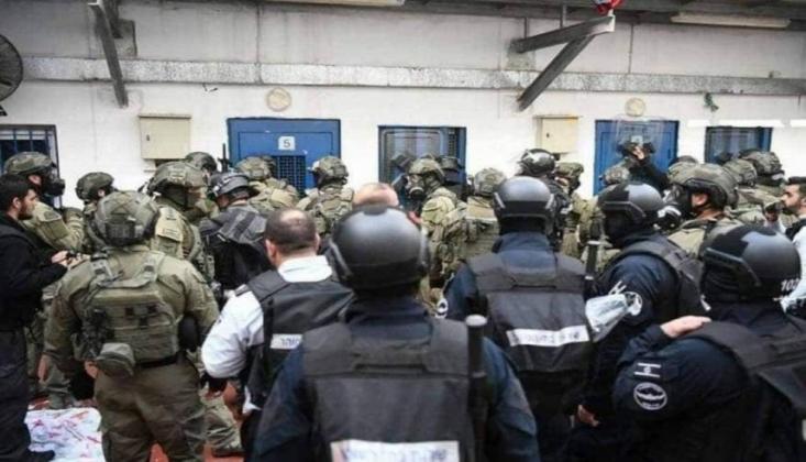 İşgalci İsrail Rejimi Mahkumlara Saldırdı