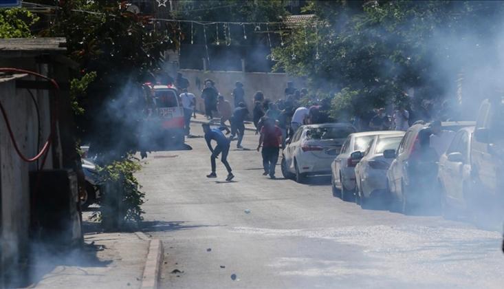 İşgalci İsrail Zafer Kutlamaları Yapanlara Saldırdı