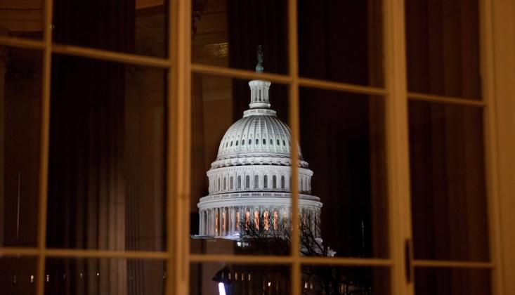 ABD'li Senatörlerden Arabistan'a Karşı Yeni Tasarı