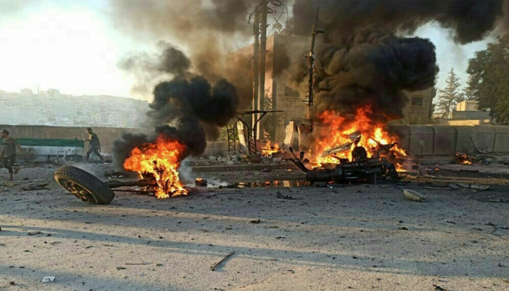 Afrin'de Bombalı Araç Patlatıldı