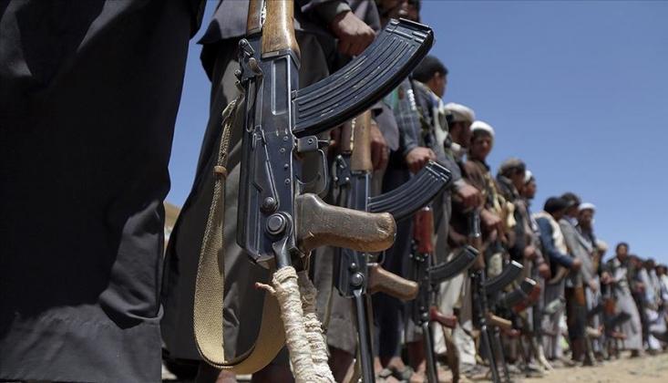 Yemen'deki Savaşta Çocuklar Kullanılıyor