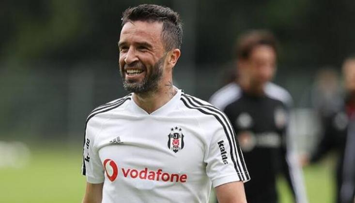 """Gökhan Gönül'e """"Fenerbahçeye Gidecek Misin?"""" Sorusu Soruldu"""