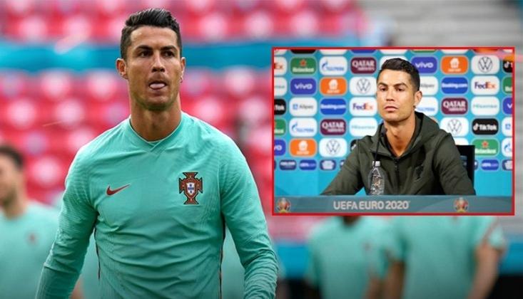 Ronaldo, Basın Toplantısında Önündeki Kola Şişelerini Kenara İtti: 'Su İçin'