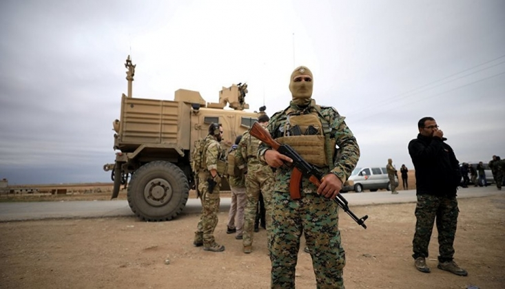 'ABD Rakka'daki Askeri Üssünü Tahliye Ediyor' İddiası
