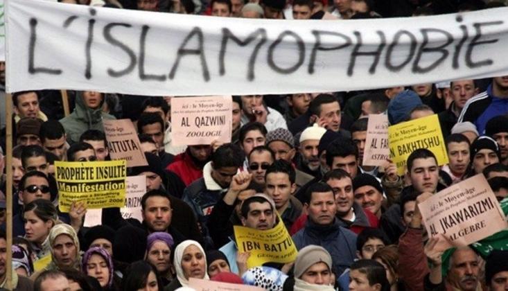 Fransa'nın Peygamberimize Yönelik Saygısızlığına Tepkiler Büyüyor