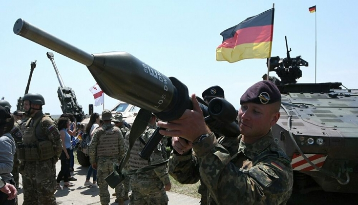 Almanya İnsan Haklarını İhlal Ediyor