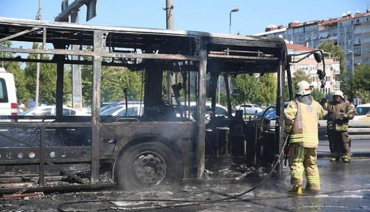 Bakırköy'de Metrobüs Yangını