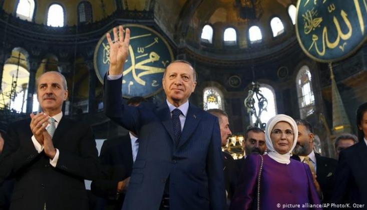 Erdoğan, Ayasofya'yı İbadete Açan Kararı İmzaladı