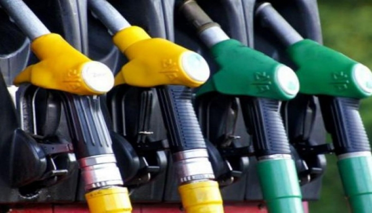 Benzine ve Motorine Yine Zam