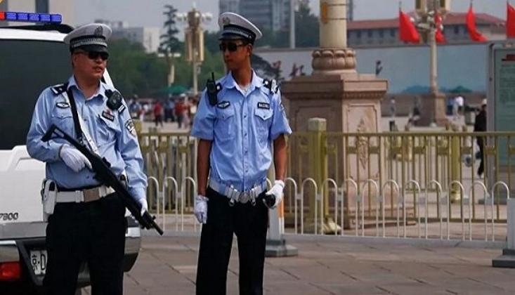 Çin'de Bir Okulda Bıçaklı Saldırı