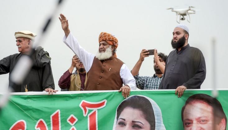 Pakistan Muhalefeti Hükümete Karşı Birleşti