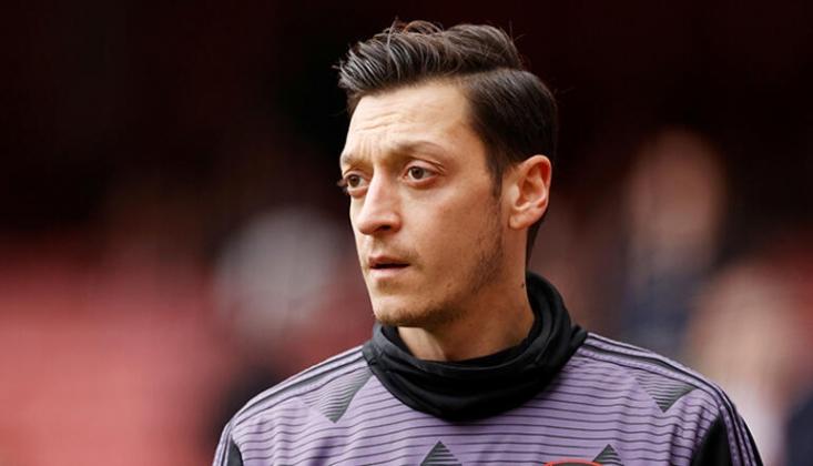 Mesut Özil'e Sürpriz Talip!