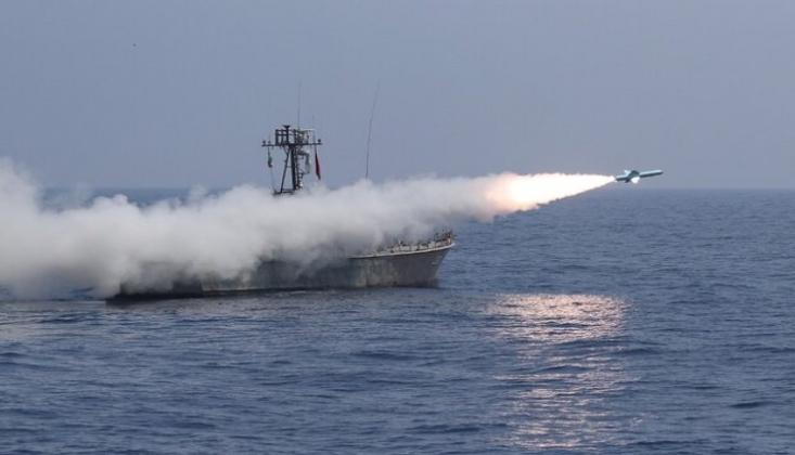 İran Yapımı Deniz Seyir Füzeleri Başarıyla Fırlatıldı