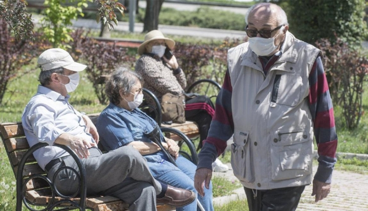 65 Yaş ve Üstü Vatandaşların Sokağa Çıkma Yasağı Tamamen Kaldırılıyor
