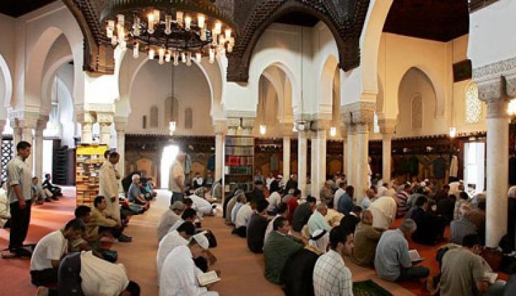 10 Müslümandan 4'ü Şikayetçi