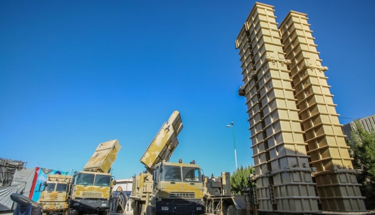 İran Yerli Hava Savunma Sistemini Test Etti