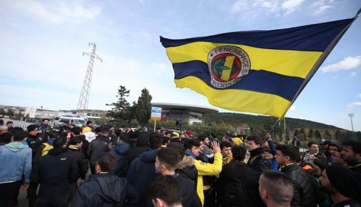 Fenerbahçeli Taraftarlar TFF'ye Yürüdü!