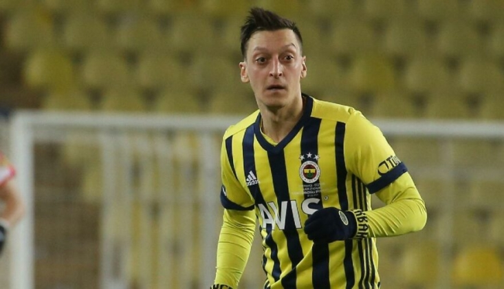 Fenerbahçe'nin Yıldızı Mesut Özil, Gönülleri Fethetti!