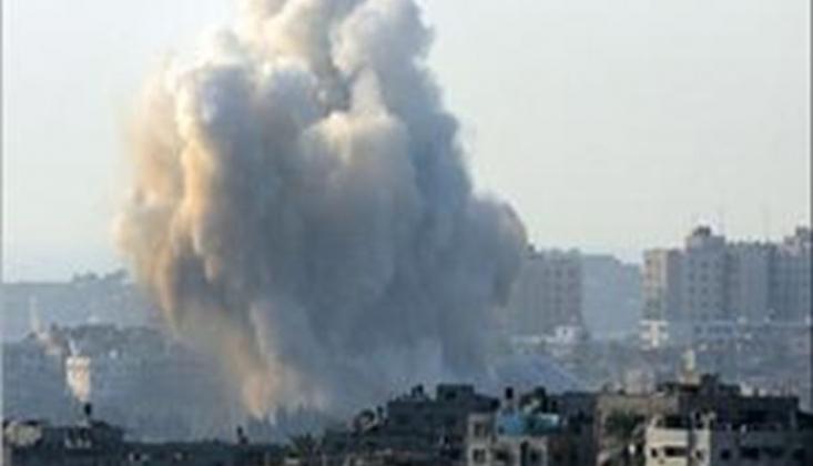 Siyonist Rejim Gazze'ye Saldırıyor